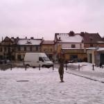 Śnieg na dachach przy ul. Krakowskiej w Andrychowie