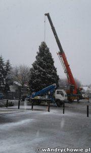 Choinka bożonarodzeniowa na placu Mickiewicza w Andrychowie